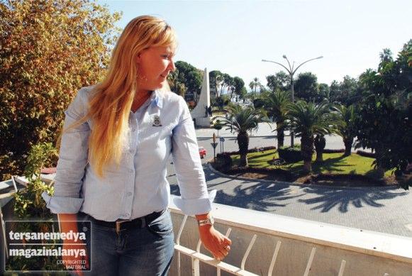 AK Parti Kadın Kolları Başkanı Mine Karagöz