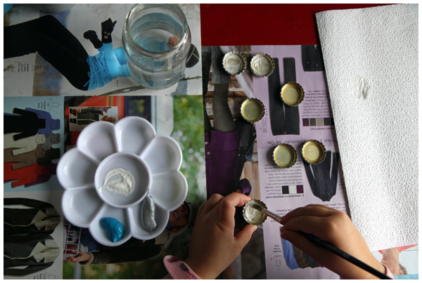 Picture Bottle-Cap Magnets Tutorial