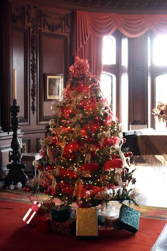 casa-loma-christmas