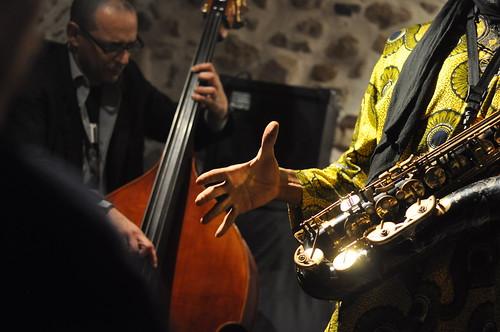 Hip Jazz trio by Pirlouiiiit 10122011