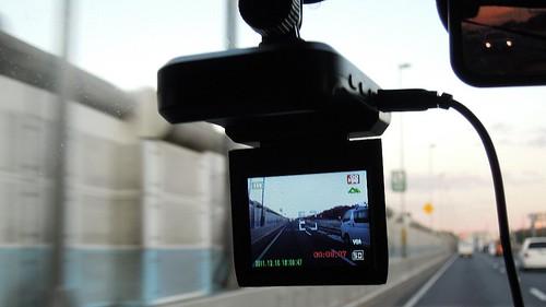 ドライブレコーダー 車載カメラ 事故対策