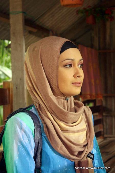 Zarina Zainuddin Lucah