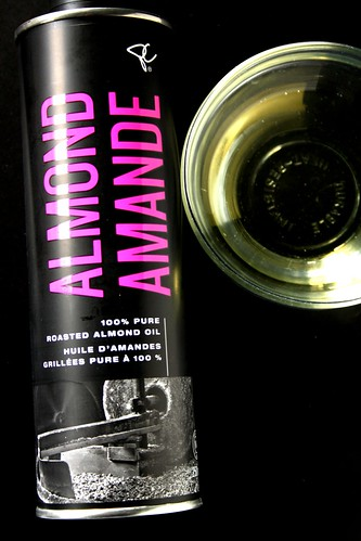 President's Choice Black Label Roasted Almond Oil
