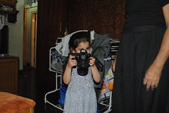 Marziya Shakir Worlds Youngest Street Photographer 4 Year Old by firoze shakir photographerno1
