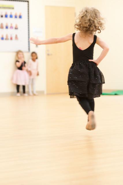 12-13-11_dance_039
