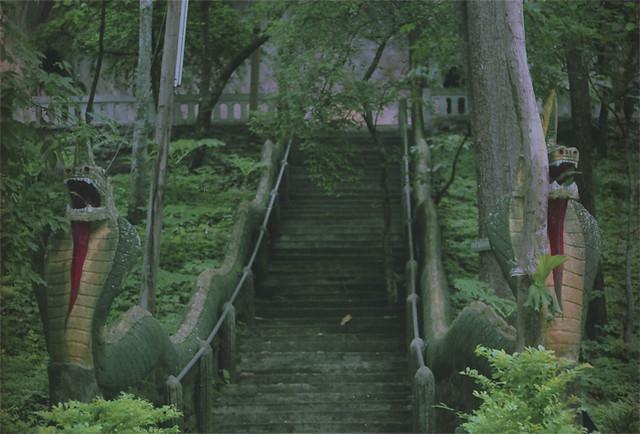 lestnica-v-buddha-cave