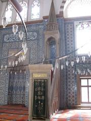 2011-06-istanbul-071-rustem pasa mosque