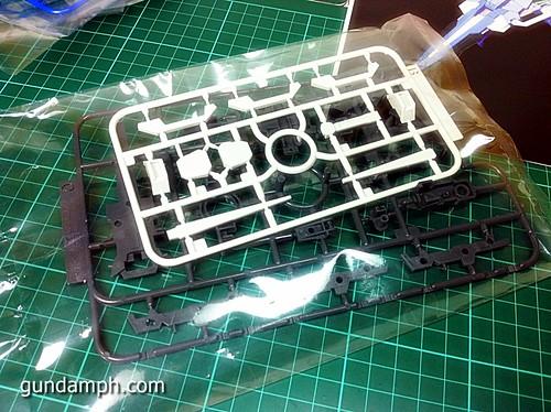 6544024065 b4e612f9cd MG Quan[T] GN Sword IV Full Saber | BTF Colored Resin Kit | Unboxing