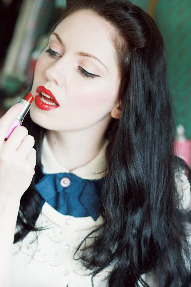 limecrime lipstick g