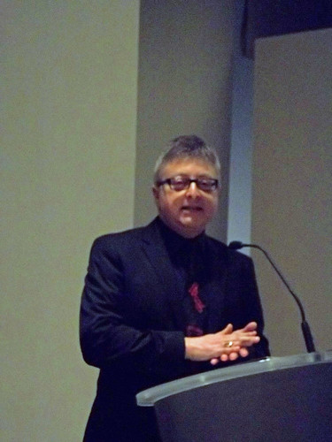 101_2951 Michael Uslan at Discovery