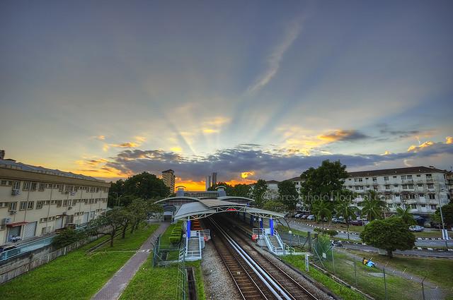 LRT Cahaya.