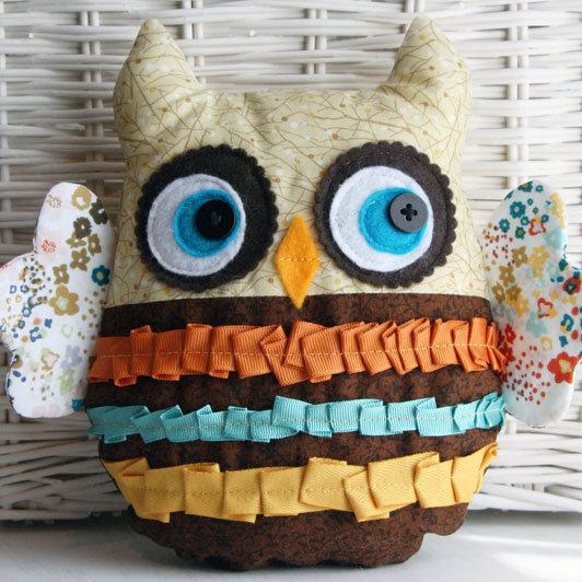 Sewn-Owl-Plushie_product_main