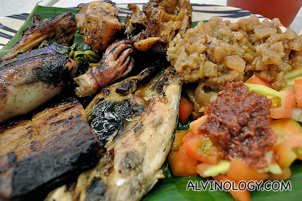 Assorted pinoy food