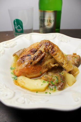 Chicken in Cider with Chanterelles (pollo en sidra)