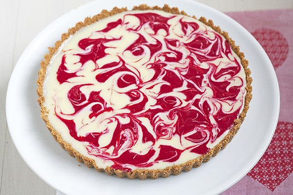 Swirled White Chocolate Raspberry Tart