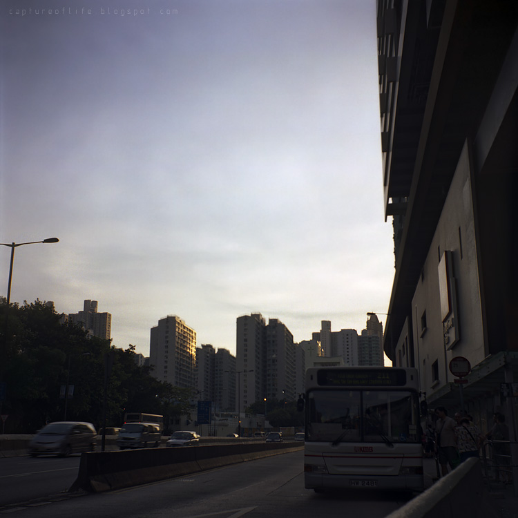 2011_0806_183000Oz_Portra400_ReflektaII