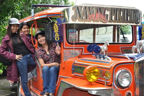 Nayong Pilipino Sarao jeepney
