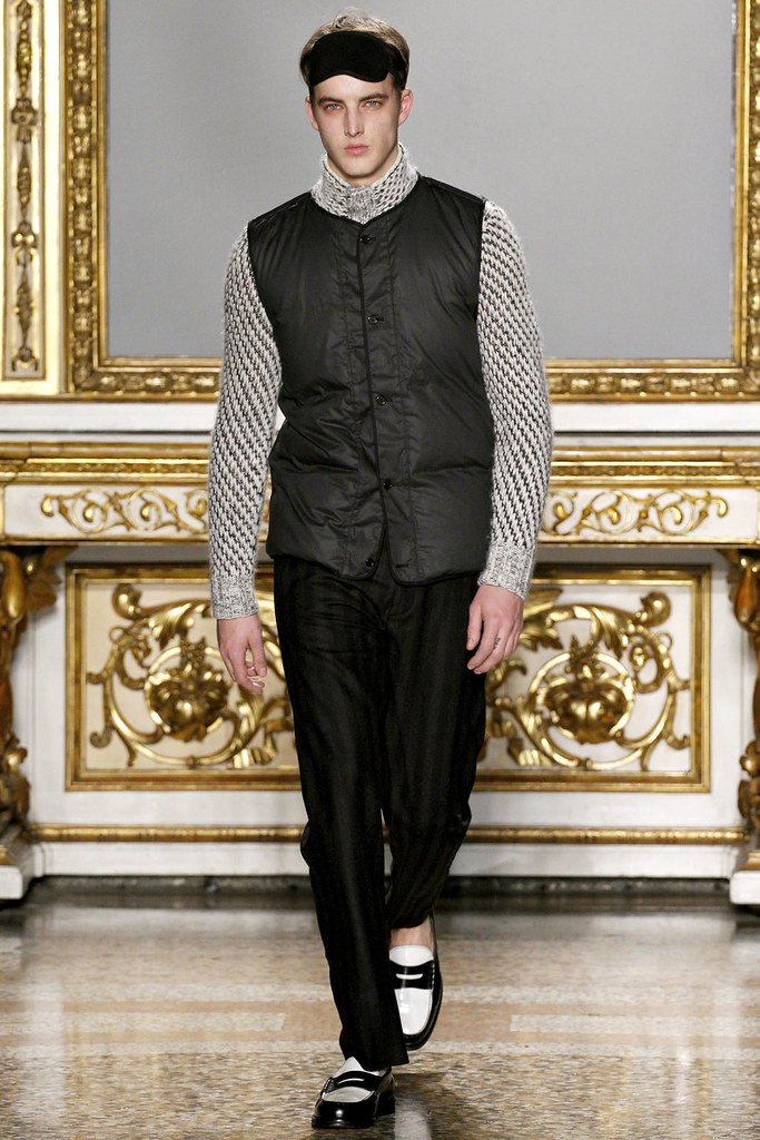 FW12 Milan Nicole Farhi009_James Smith(VOGUE)