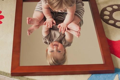 vivi and the mirror