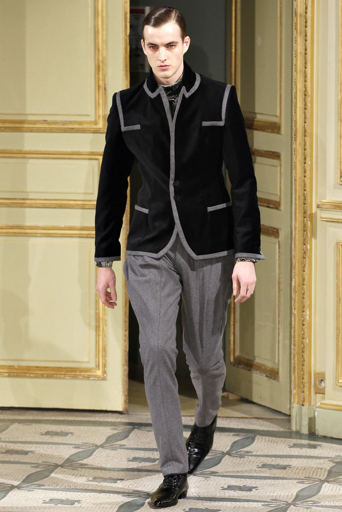 James Smith3579_FW12 Paris Alexis Mabille(VOGUE)