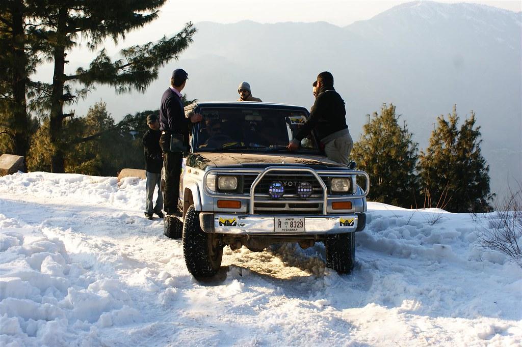Muzaffarabad Jeep Club Snow Cross 2012 - 6796514025 8720c7d58a b