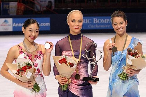 Kiira-Korpi-entrega-medallas