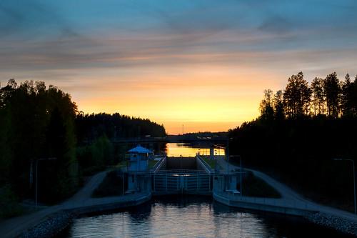 road trees sunset sky sun water clouds forest suomi finland evening canal nikon ripples nikkor f28 vesi pilvet laukaa auringonlasku taivas 1755mm kuusaa d3100