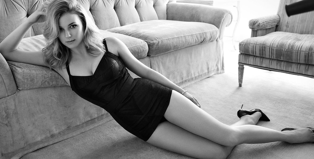 Эмили ВанКэмп — Фотосессия для «Sharp» 2016 – 1