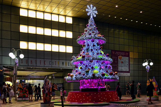 Christmas tree at Suntec City Mall, Singapore