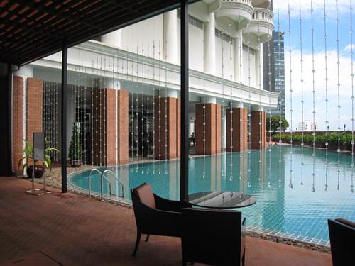 LE BUA pool