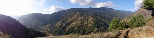 nepal threehighpassestoeverest traksingo