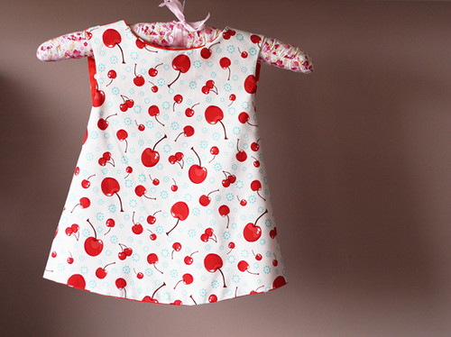 baby reversible apron dress front