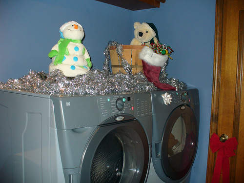 2011-12-05 - Laundry Decorations - 0001