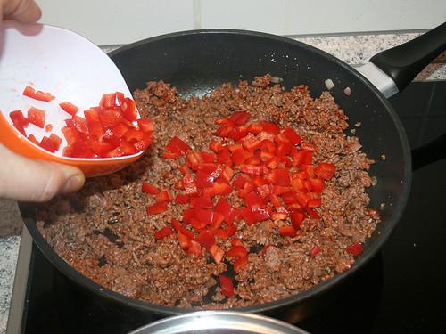 33 - Paprikawürfel mit anbraten