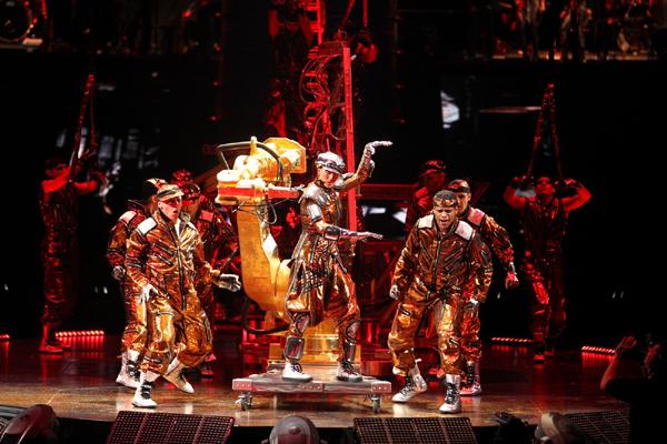 Cirque du Soleil Immortal Live Shot_3