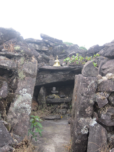 Kumara_Parvatha_Trek_Pushpagiri_top_Shiva_Temple