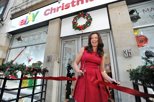 Suzi Perry opens the eBay Pop-up Shop