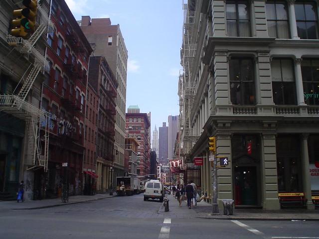 Foto Vista de una calle en el Soho de arte del distrito de Nueva York EE.UU.