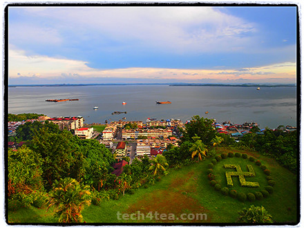 Sandakan port in the evening. Taken with Olympus PEN E-P3, 12mm lens, Pop-Art effect, Frame filter.