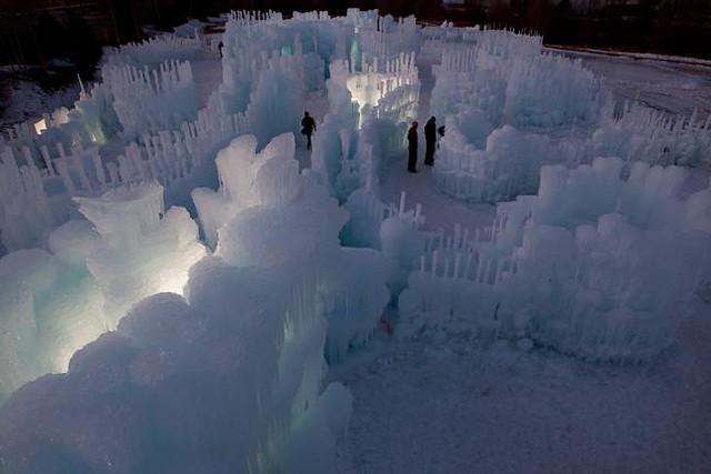 Ice Castle Silverthorne Photo courtesy Ryan Davis-1