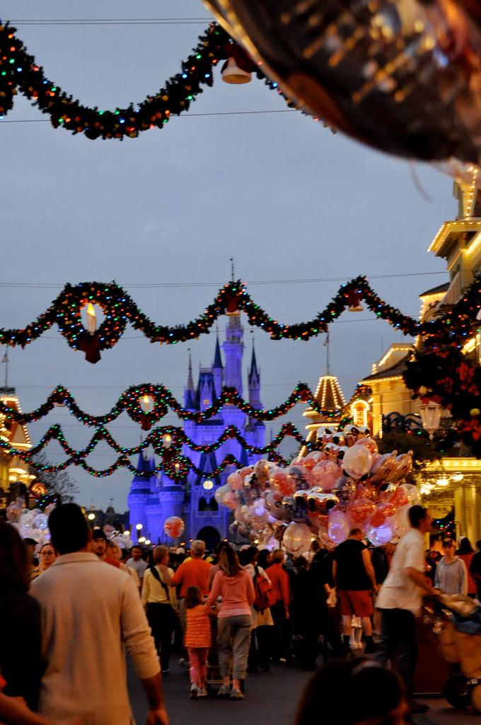 christmas-at-Magic-kingdom