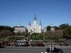 木, 2010-12-02 10:05 - Jackson Square & St Louis Cathedral French Quarter, New Orleans
