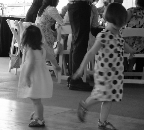 washington camas camasmeadows golfcourse wedding billanddesiree 2011 summer cropped evie mady madelyn evangeline blackandwhite dancing picnik child girl kid toddler 500views