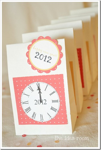 new-years-eve-countdown-bags-4wm_thumb