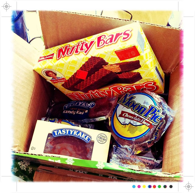 tasty American snacks from @mnestic