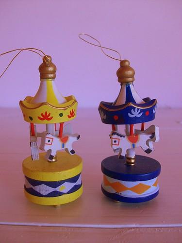 mini carousels