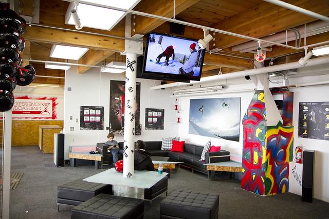 Burton Experience Snowboard Lounge