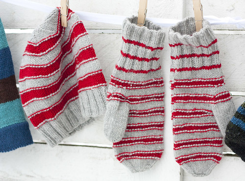 Holiday knittings