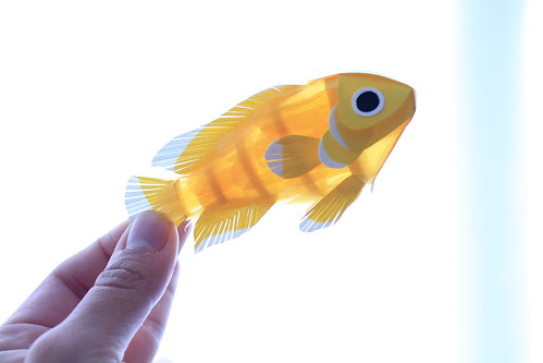 Pajaros,Papel,Paper,Birds,Diana Beltran,hand,yellow,fish,colombia,Ciclido amarillo