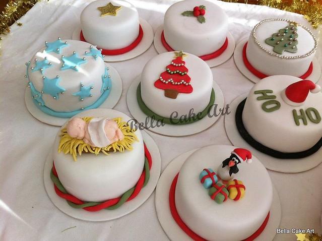 Mini Xmas Cake Designs : Mini Chocolate Mud Christmas Cakes Flickr - Photo Sharing!